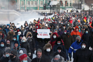 Большинство людей голосуют за Путина: в Кремле отреагировали на акции протеста