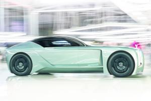 Rolls-Royce анонсувала новий електрокар Silent Shadow