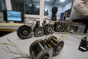 У Харкові показали, як випробовують іонно-плазмовий двигун для космосу