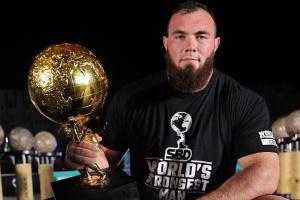 Найсильніша людина світу Олексій Новиков встановив черговий рекорд України
