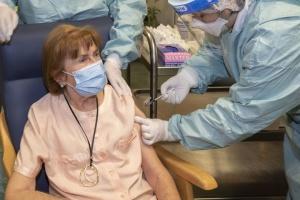 В Мадриде приостановили COVID-прививки из-за нехватки вакцин