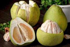 Корисні властивості помело та грейпфрута