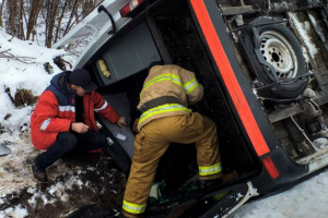 На Полтавщині перекинулася машрутка з пасажирами, є травмовані