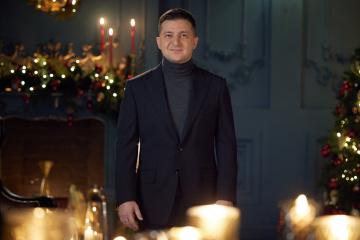 Zelensky felicita a los ucranianos por la Navidad