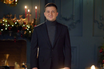 ゼレンシキー大統領、クリスマスを祝うメッセージ