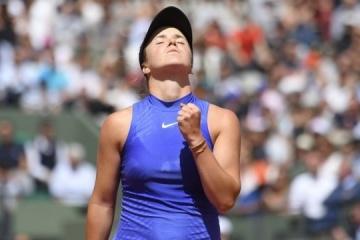 Svitolina derrota a la rusa en la segunda ronda de la WTA en Abu Dabi