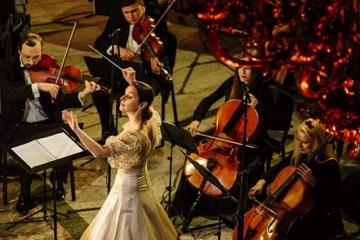 Oksana Lyniw und INSO-Lviv Symphony Orchestra präsentieren Weihnachtskonzert