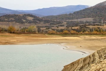 Ayan reservoir in occupied Crimea dries up