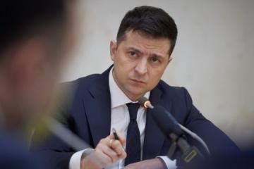 Zełenski liczy na wsparcie partnerów NATO w kwestii dostarczenia MAP Ukrainie