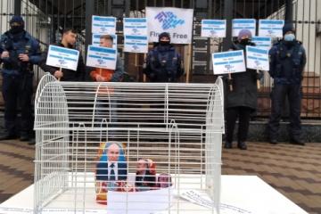 KrymSOS przypomniał ambasadzie Rosji w Kijowie o zniknięciu 44 osób