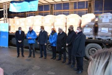 Hungría entrega otros 50 ventiladores a Ucrania