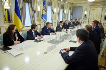 Zelensky invita a Swiss Stadler Rail AG a invertir en el ferrocarril ucraniano
