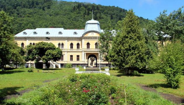 Дворец Гредлов после реставрации хотят сделать туристической «меккой»