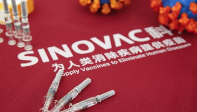 Президент Індонезії зробив щеплення вакциною Sinovac