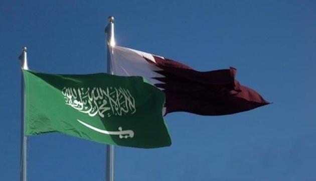 ОАЭ и Катар провели первую официальную встречу после трехлетнего перерыва