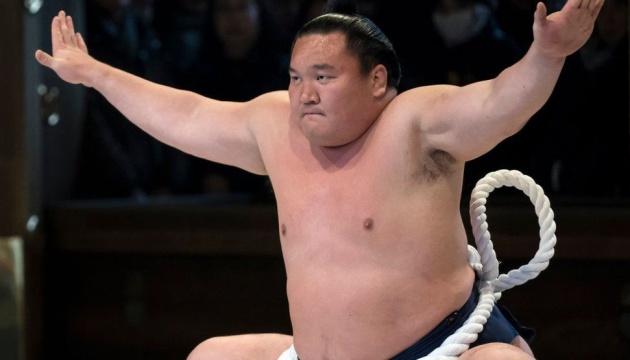 Знаменитий борець сумо Хакухо заразився коронавірусом