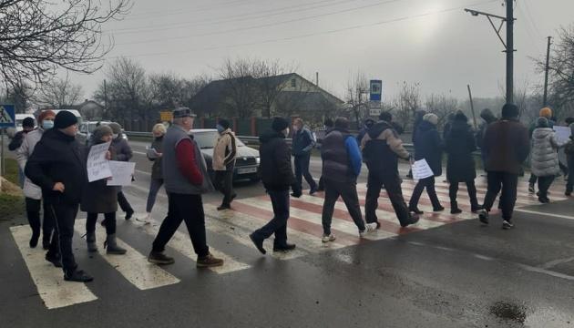 У Снятині люди перекрили трасу державного значення — вимагають знизити ціни на газ