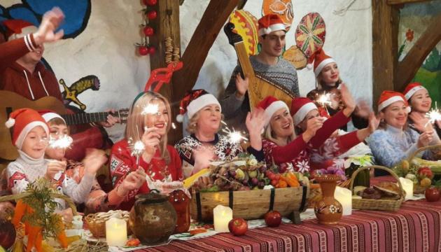 Українці з Нур-Султана привітали зі святами різдвяним фільмом