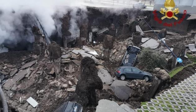 У Неаполі через вибух евакуювали COVID-лікарню