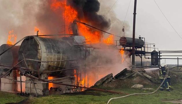 На Миколаївщині - пожежа на нафтобазі