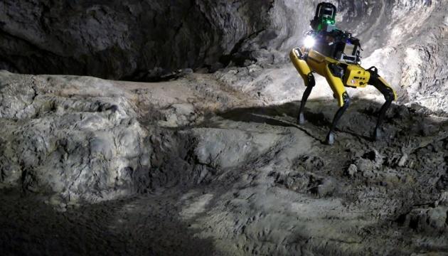 «Роботы-собаки» будут исследовать пещеры на Марсе