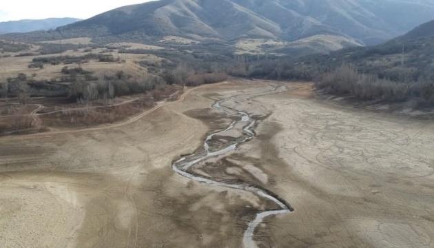 クリミアの貯水湖が枯渇