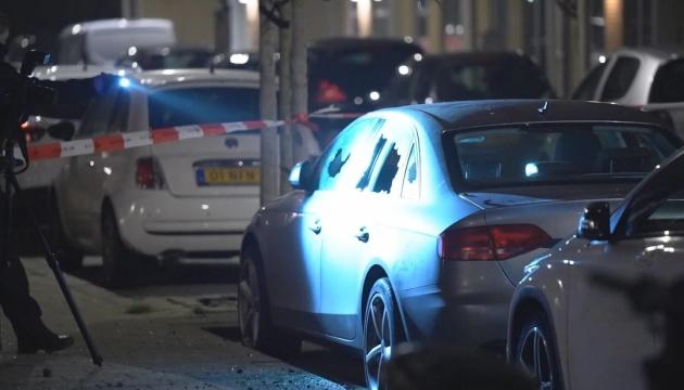 В Роттердаме взрыв повредил дома и авто, СМИ сообщают о гранате