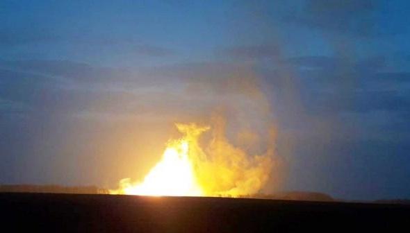 Взрыв на газопроводе под Лубнами образовал котлован глубиной четыре метра