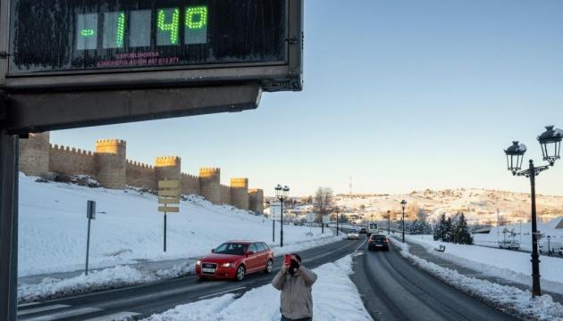 Испания пережила самые холодные сутки за 20 лет