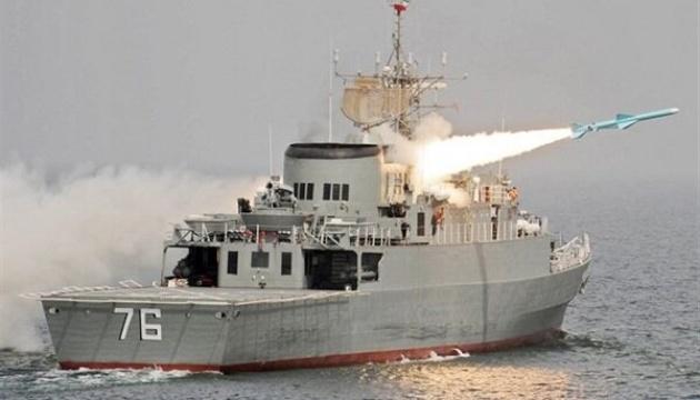 Іран почав ракетні навчання в Оманській затоці