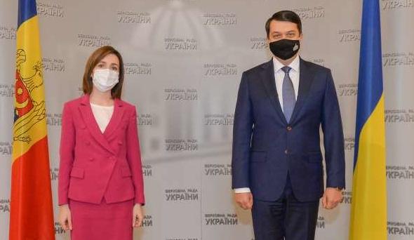 Разумков обговорив із Санду боротьбу з корупцією та Донбас