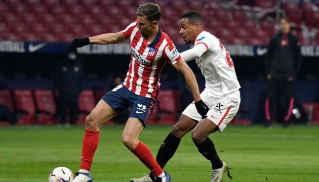 «Атлетико» победил «Севилью» и укрепил свои позиции лидера Ла Лиги