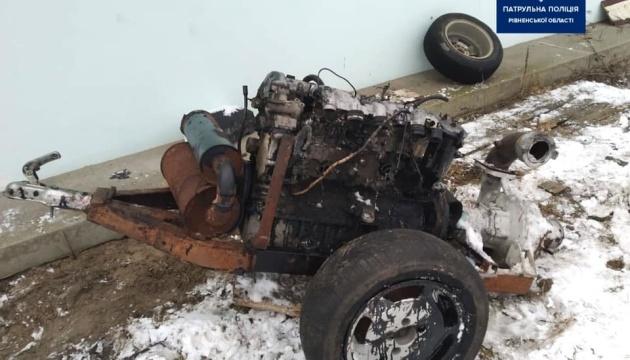 На Рівненщині у «чорних копачів» бурштину вилучили 20 мотопомп