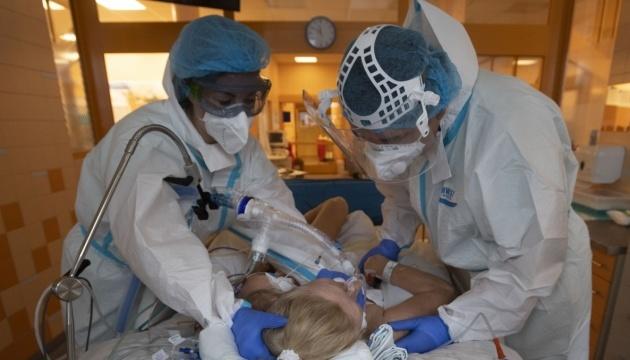 Мутований штам коронавірусу вже потрапив до 25 країн Європи - ВООЗ