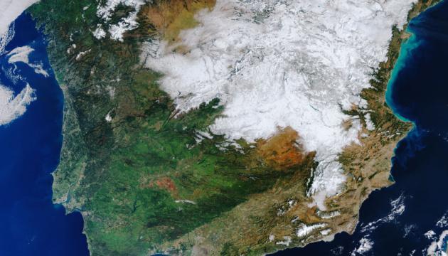 ESA показало из космоса заснеженную Испанию