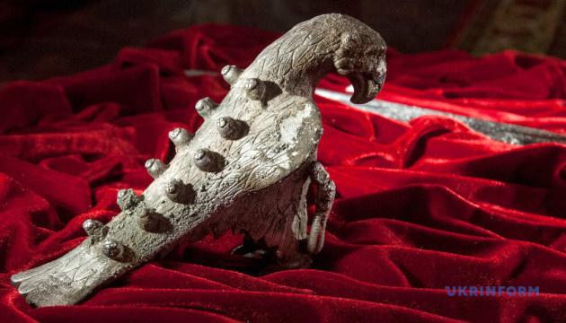 Срібний орел із «вознесенівського скарбу»
