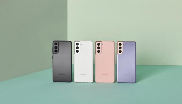 Потрійна камера і 5G: Samsung представив нові Galaxy S21
