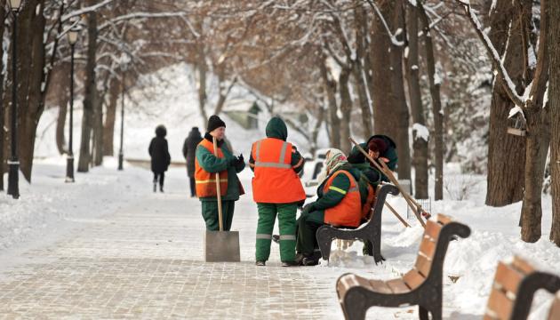 В Киеве усилили «снежные рейды» - проверяют, как чистят улицы