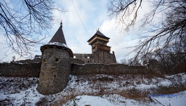 Через Закарпаття та Румунію проляже замковий маршрут для туристів