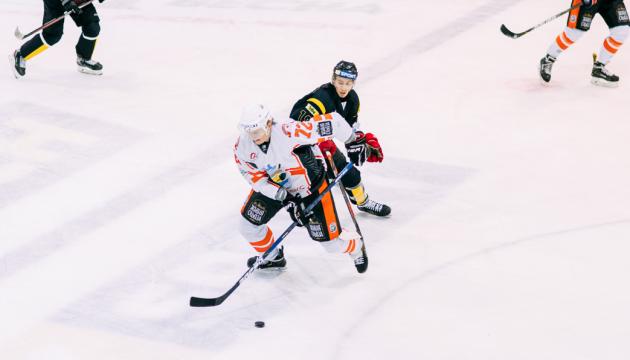 УХЛ: «Кременчуг» победил «Белый Барс», «Сокол» обыграл «Ледяных Волков»