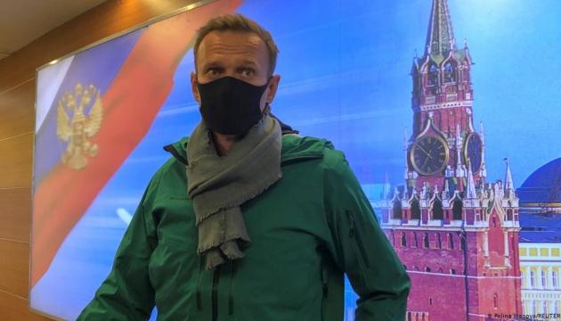 В России заявили, что задержанный Навальный останется под стражей до суда