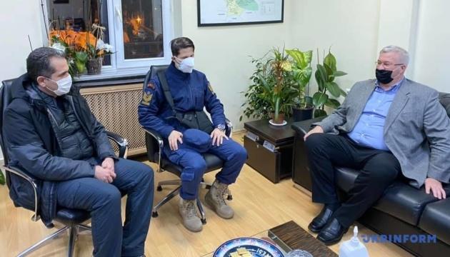 Туреччина залучила два гелікоптери до пошуку українських моряків
