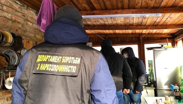 На Киевщине «накрыли» нарколабораторию с месячным доходом в 50 миллионов