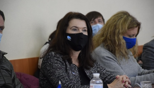 OSCE chair expresses support for Ukraine during visit to Donbas