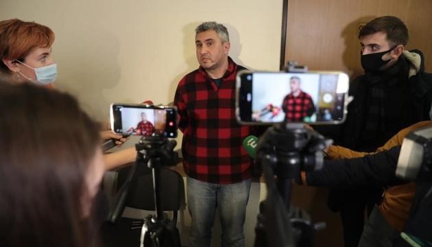 Медведчук против издательства «Vivat»: суд по книге о Стусе перенесли