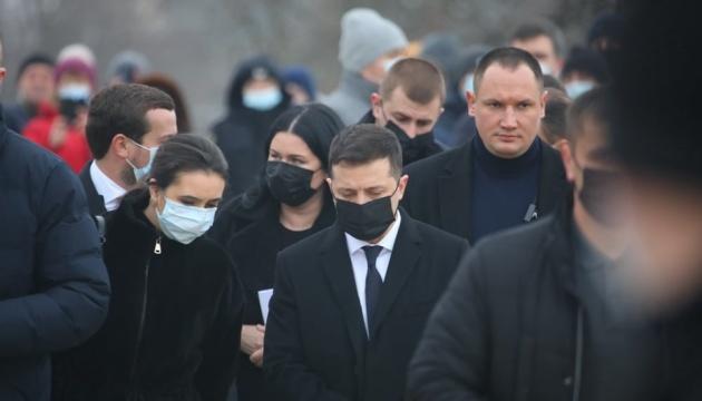 Пожар в доме престарелых: Зеленский прибыл в Харьков