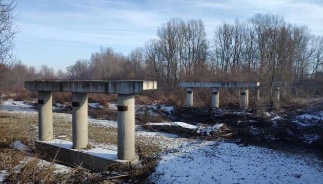 На Прикарпатье начали строительство моста вместо разрушенного наводнением в 2008 году