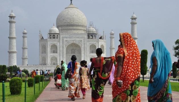 В Індії штучний інтелект «захищатиме» жінок від домагань на вулиці