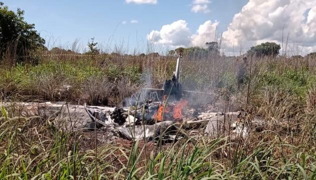 В Бразилии разбился самолет с футболистами: шестеро погибших