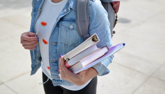 Раді пропонують дозволити студентам із-за кордону вчитися в українських вишах іноземною мовою